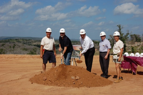 Torr Na Lochs Vineyard and Winery Breaks Ground in Burnet