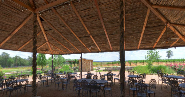 Torre-di-Pietra-Texas-Hill-Country-winery-patio