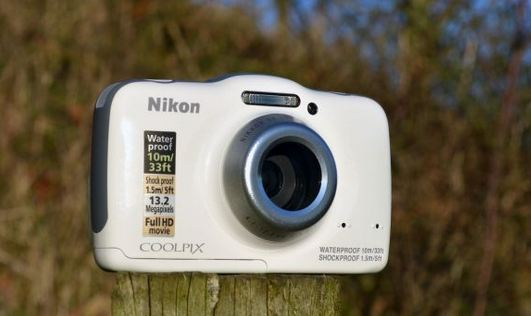 The Nikon Coolpix S32 is dustproof, waterproof and shockproof*