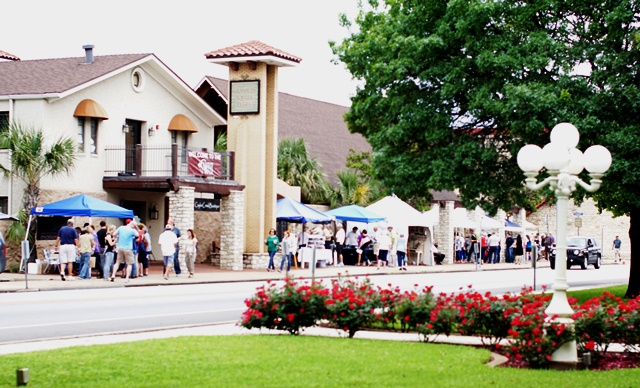 Granbury Wine Walk April 29-30